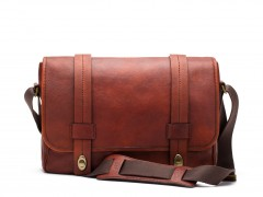 Bosca Washed Messenger Bag 826-158 158 Dark Brown