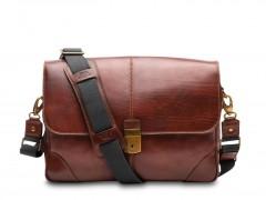 Bosca Dolce Messenger Bag 826-218 218 Dark Brown
