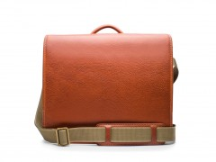 Bosca Messenger Bag 842-94 94 Chestnut