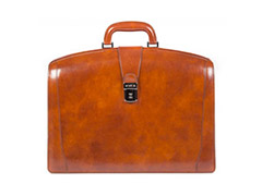 a2dad85d29b1 Leather Bags for Men | Men's Italian Leather Bags | Bosca